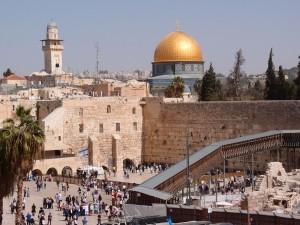 Ściana Płaczu i Złoty Meczet w Jerozolimie, fot. Daniel